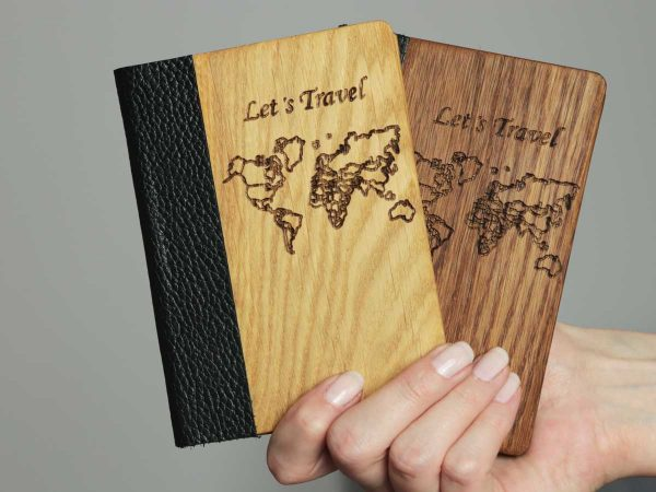 passport-cover-wooden-2-colors